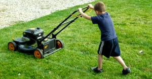 lawn-mowing-by-kid-1024x768